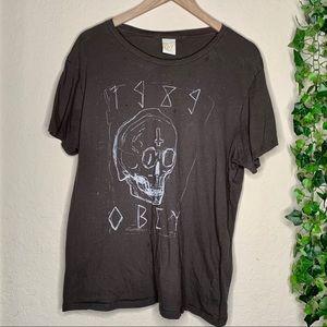 Obey propaganda skull t-shirt | size large